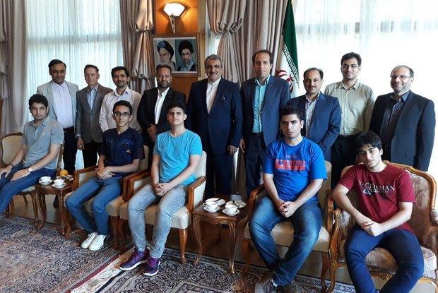 Iranian computer scientistsbag 4 medals at IOI 2018