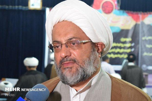 ۹۰۰ مبلغ دینی معارف حسینی را در استان بوشهر تبیین میکنند