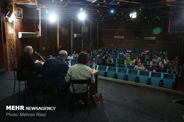 نشست بررسی ابتذال در سینمای ایران