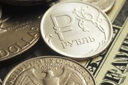 وزیر اقتصاد روسیه: دلار بفروشید، روبل بخرید!