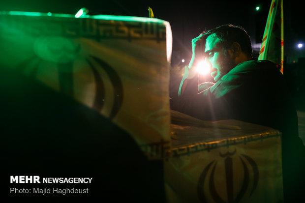 مراسم شب وداع با پیکرهای مطهر 135 شهید گمنام دفاع مقدس