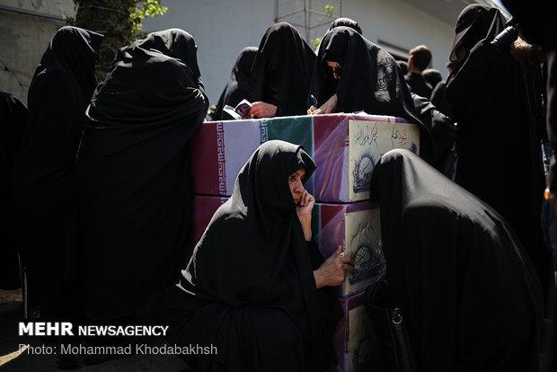 جثامين 135 من شهداء الدفاع المقدس تصل إلى معراج الشهداء