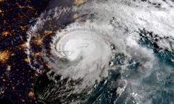 توفان برق ۲۸ هزار خانه را در فرانسه قطع کرد