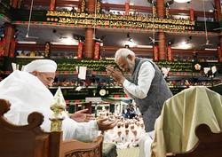 حضور نخست وزیر هند در مراسم عزداری امام حسین (ع) + فیلم