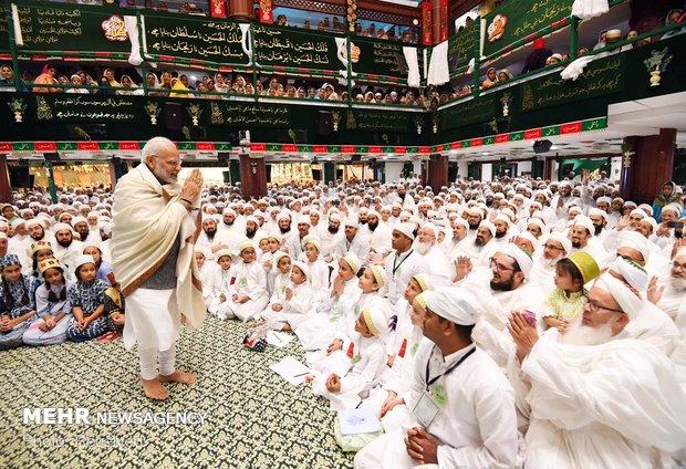 Hindistan Başbakanı, Kerbela matemi törenine katıldı