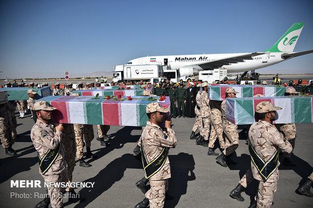 ورود پیکر مطهر 11 شهید گمنام دفاع مقدس به مشهد