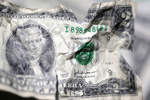 چرا «قیمت دلار» با افزایش و کاهش ناگهانی مواجه شد؟