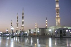 Saudi sources announce shooting at Al-Masjid an-Nabawi