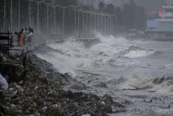 چین و هنگ کنگ اهداف بعدی طوفان «مانگخوت»