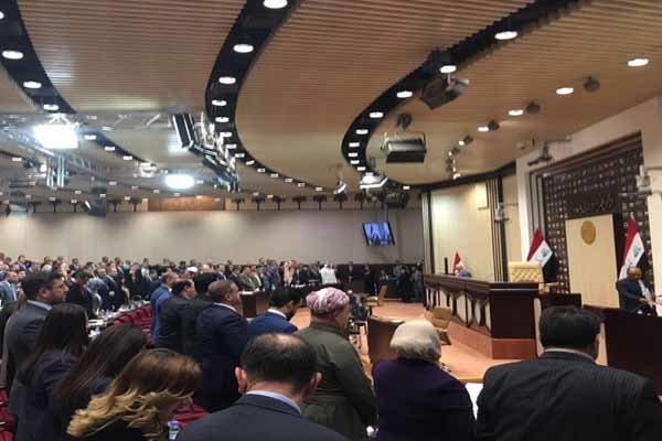 Irak Meclisi milletvekillerinin üçte birine virüs bulaştı