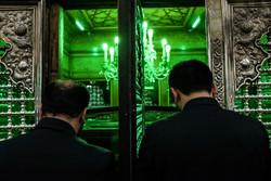 غبار روبی ضریح مطهر حضرت عبدالعظیم حسنی(ع)