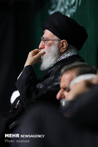 """İslam Devrimi Lideri, """"Kerbela matemi"""" töreninde"""