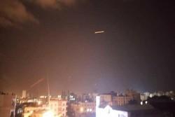 گزارش تصویری مقابله پدافند هوایی سوریه با حملات موشکی