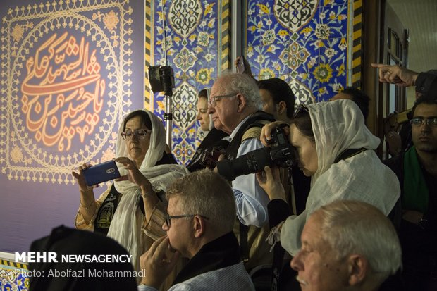 Foreign tourists attend Muharram Mourning in Yazd