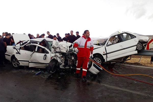 تصادف شدید در محور فیروزآباد-خلخال/ ۵ نفر کشته و ۴ نفر مصدوم شدند