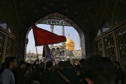 شهر قم میزبان خیل عظیم زائران اربعین حسینی(ع)/ شکست تبلیغات دشمن