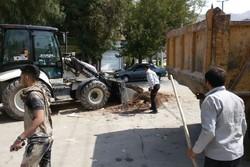 پاکسازی معابر شهر خرمآباد پس از اجرای آیین «گِل مالی»
