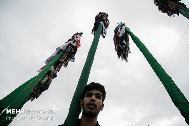 İran'da Hz. İmam Hüseyin için matem töreni