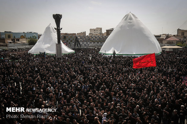 Ashura mourning ceremony in Tehran