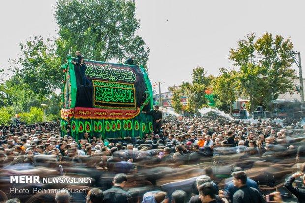 مراسم نخل گردانی روز عاشورا شهرستان خمین استان مرکزی