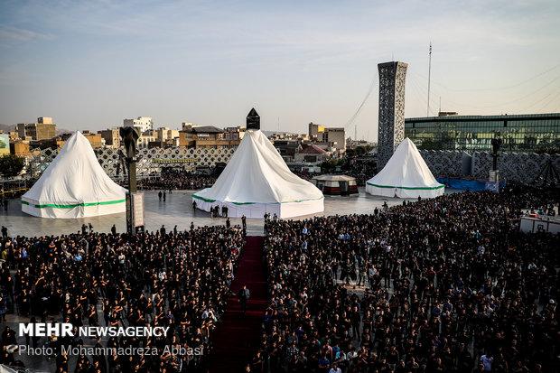 مراسم خیمه سوزان در میدان امام حسین (ع)