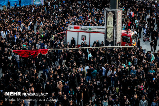 Tent-burning ceremony on Ashura day in Imam Hussein (AS) Sq. in Tehran