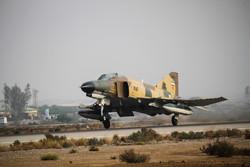 تمارين مشتركة للقوات الجوية الايرانية في بندر عباس جنوبي ايران / صور