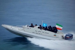 600 military vessels to be showcased in Armed Forces parade tomorrow in Bandar Abbas