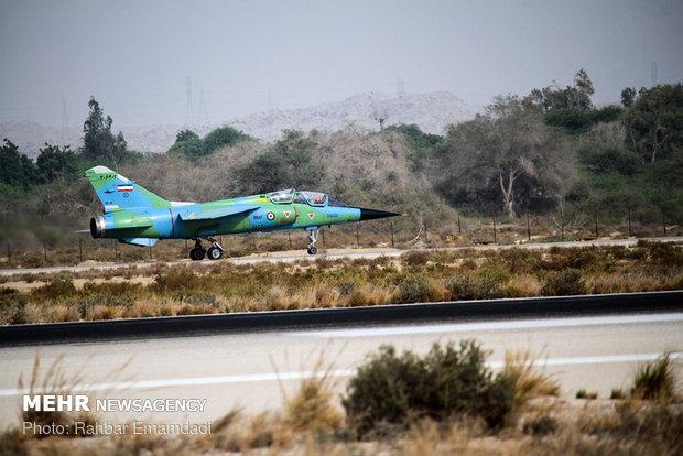 المناورات الجوية المشتركة في بندر عباس جنوبي ايران