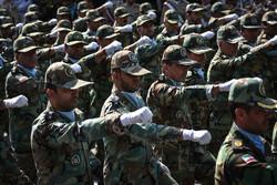رژه نیروهای مسلح در شهرکرد برگزار شد