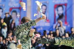 العرض العسكري للقوات المسلحة في محافظات ايران / صور