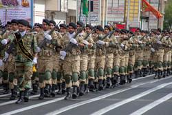 ایران کے مختلف صوبوں میں فوجی پریڈ کی تقریبات(3)