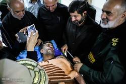 فلم/ اہواز میں دہشت گردانہ حملوں میں زخمی ہونے والوں کی عیادت