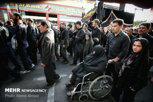 مراسم عزاداری یازدهم محرم در زنجان