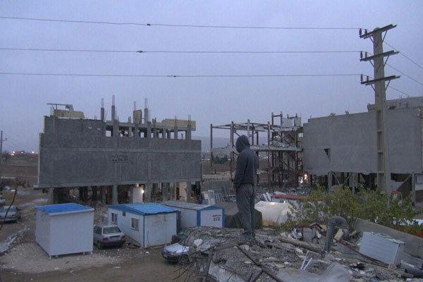 «فقدان» از آوارهای سرپل ذهاب می گوید/ زندگی کارگردان در کانکس