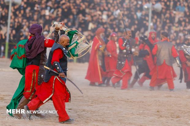 أكبر مسرحية لمحاكاة واقعة عاشوراء في مدينة اصفهان