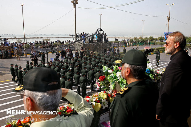 العرض العسكري للقوات المسلحة الايرانية