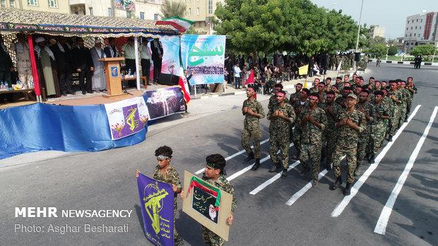 رژه ۳۱ شهریور نیروهای مسلح در جزیره قشم