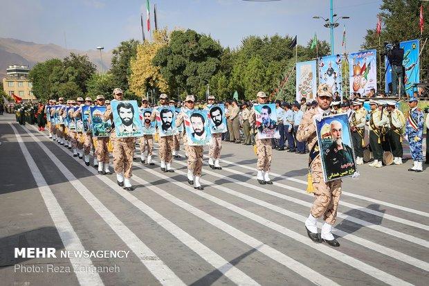 رژه ۳۱ شهریور نیروهای مسلح در همدان
