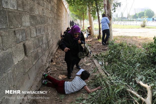 حمله تروریستی به مراسم بزرگداشت هفته دفاع مقدس در اهواز