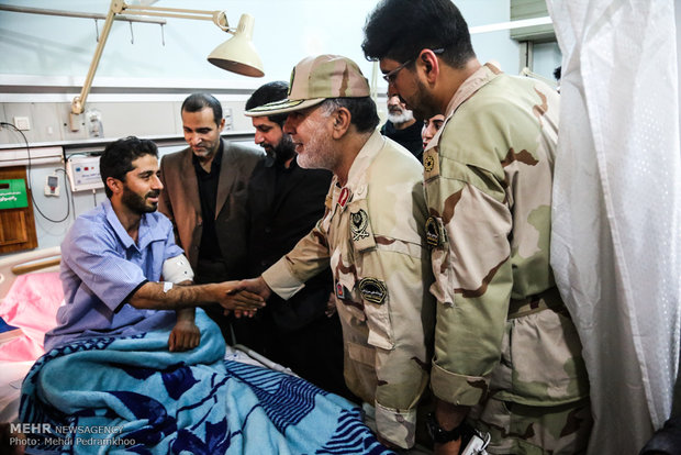 Khuzestan prov. governor gen. visits victims of Ahvaz terrorist attack