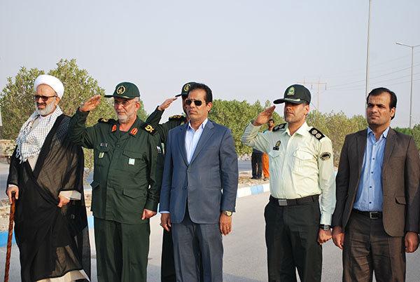 رژه نیروهای مسلح در دشتی