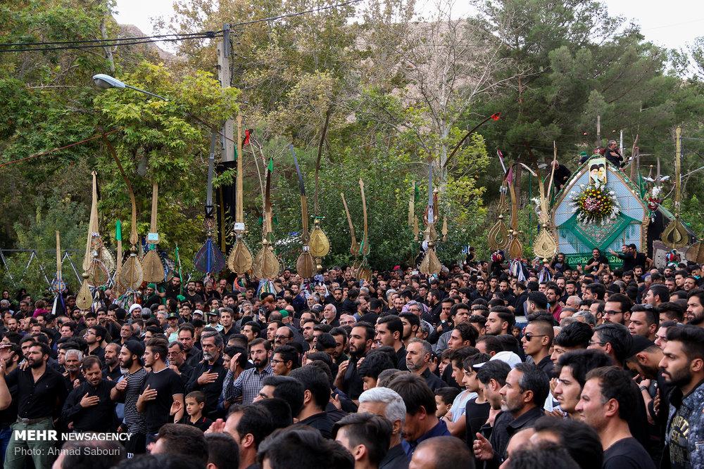 شاہرود میں 11 محرم الحرام کو نخل گردانی کی تقریب منعقد