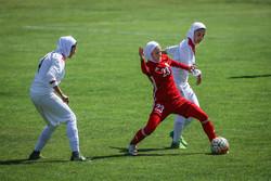 İran ile Ürdün kadın futbol takımları karşı karşıya geldi