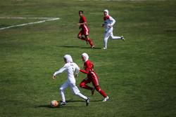لقاء منتخبي ناشئات ايران والاردن لكرة القدم /صور
