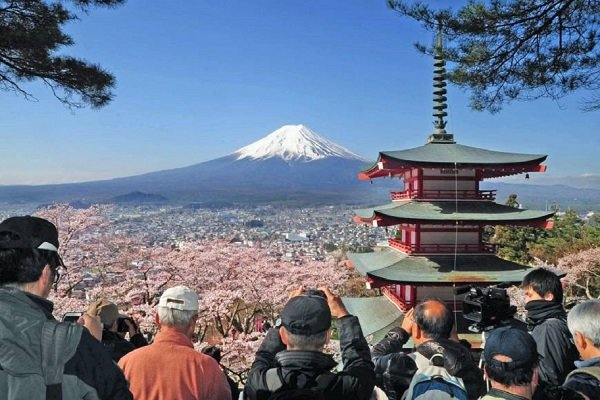 Japan, a model for developing Iran's tourism industry