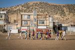 تحویل ۴۴ مدرسه روستایی در مناطق زلزلهزده کرمانشاه