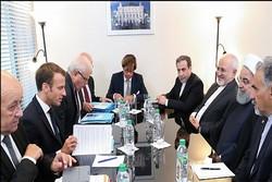 لقاء الرئيس الايراني ونظيره الفرنسي في نيويورك