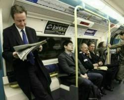 ماجرای عکس نخستوزیر سابق انگلیس در مترو چه بود؟
