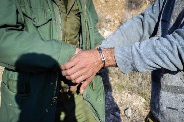 شکارچی سابقه دار در دام سبز پوشان محیط زیست زابل گرفتار شد